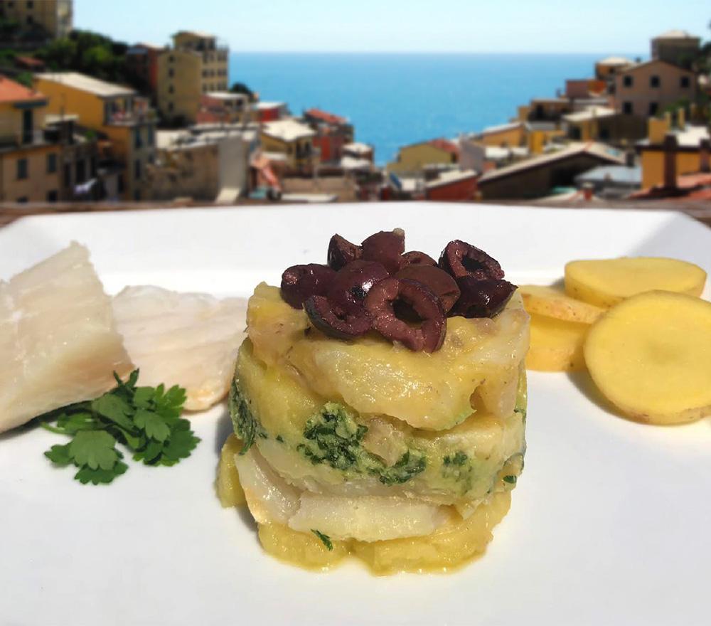 Stoccafisso cucinato da Bel Fish Food. Pesce fresco: acciughe liguri cucinate in esclusivi piatti pronti veloci da preparare